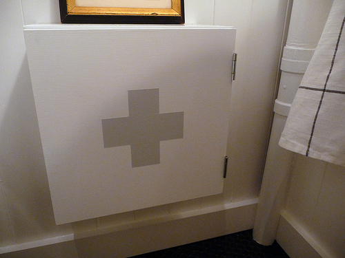 Medicine Cabinet Cross Project by Door Sixteen
